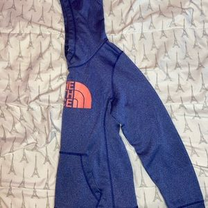 The North Face Tops - today i'm selling a hoodie ( the north face )